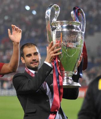 20110202185226-guardiola-y-la-copa.jpg